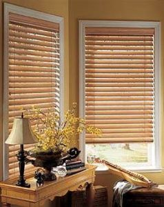 2 Faux Wood Blinds (14)