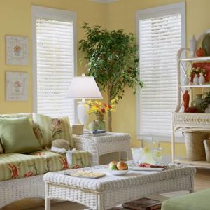 2 Faux Wood Blinds (4)