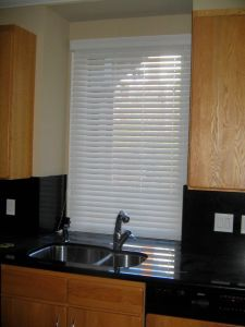 2 Faux Wood Blinds (9)